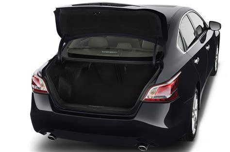 nissan altima 2016 trunk 2015 nissan altima reviews and rating motor trend