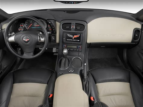 corvette dashboard 2008 chevrolet corvette reviews and rating motor trend