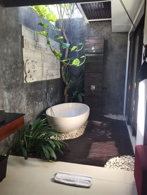 best luxury hotel bathroom ideas on pinterest hotel best balinese bathroom ideas on pinterest zen bathroom