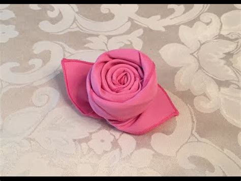 how to fold a cloth napkin into a rose in 72 seconds youtube