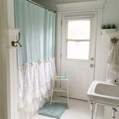 shabby chic curtain ideas 26 adorable shabby chic bathroom d 233 cor ideas shelterness