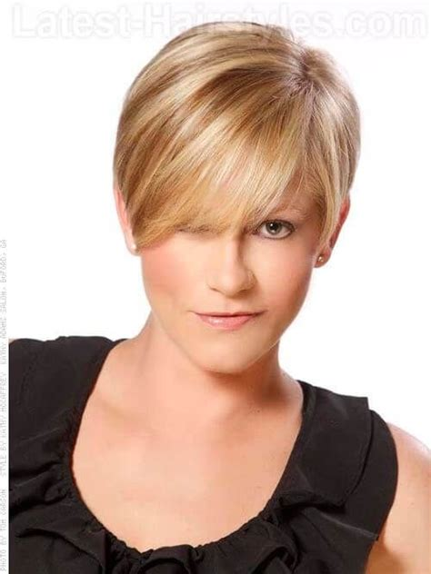 hairsuts with ears cut out and pushed up in back 49 best me images on pinterest hairstyles short hair