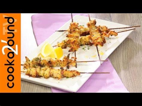 come cucinare gli spiedini di pesce ricetta spiedini di pesce guide di cucina