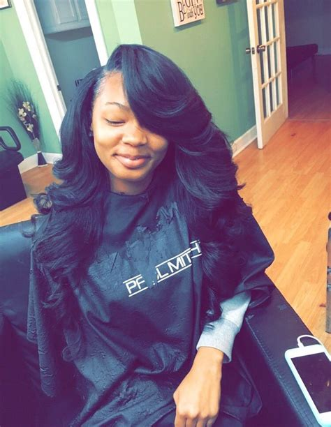 Hairstyles For Weaves Sew In by Best 25 Weave Hairstyles Ideas On Sew In
