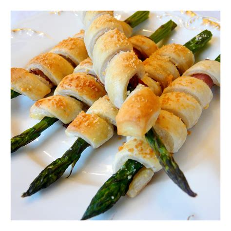 easy appetizers jennuine by rook no 17 easy appetizer recipe prosciutto wrapped asparagus
