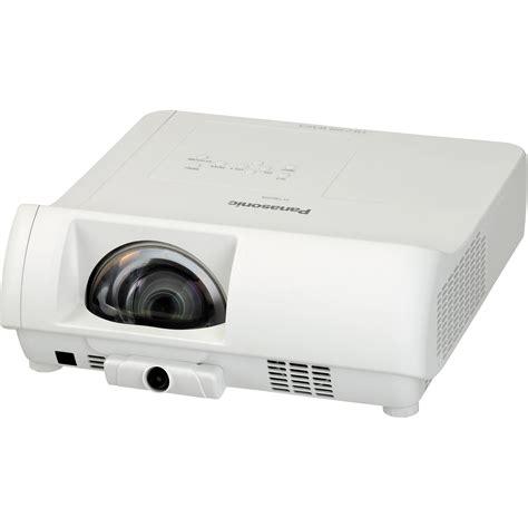 Proyektor Panasonic panasonic pt tw231ru throw lcd projector pt tw231ru b h