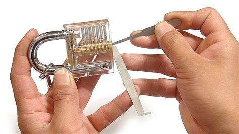 come aprire una porta con una forcina how to a lock survival