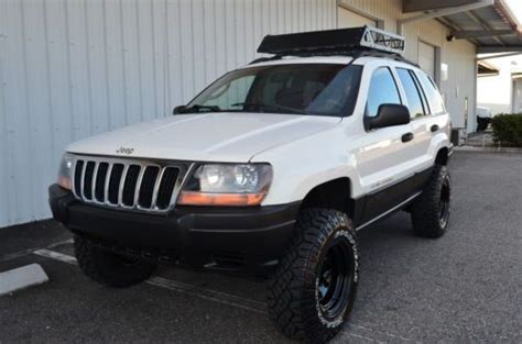 sell   jeep grand cherokee laredo  selec trac