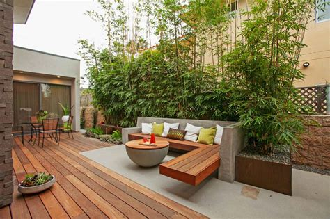 Contemporary Patio Design Ideas & Photos