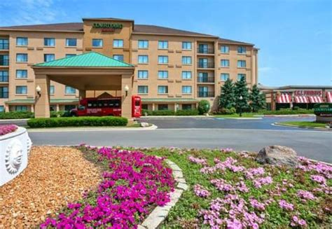 east carondelet illinois family vacations ideas on hotels attractions reviews the 30 best chicago il family hotels kid friendly resorts family vacation critic
