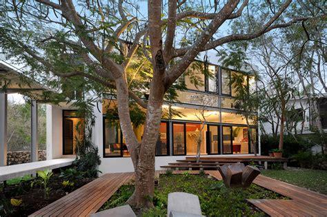 la casa entre los 8401019214 casa entre 193 rboles mu 241 oz arquitectos archdaily m 233 xico