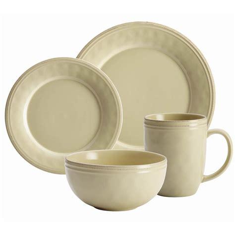 rachael ray christmas dinnerware