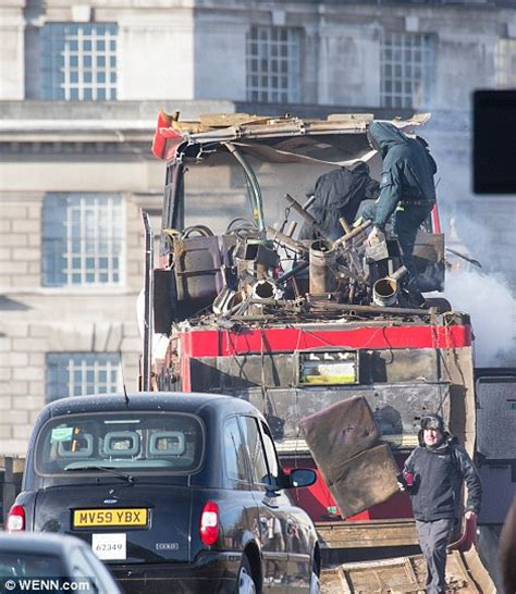 to skynews when buses exploded in they explodes on lambeth bridge for jackie chan s