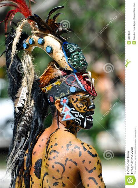 imagenes guerreros mayas guerreros mayas antiguos foto de archivo editorial