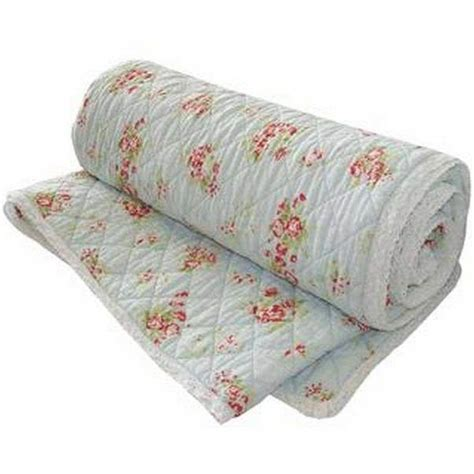 what is the difference between a quilt and a comforter what is the difference between a quilt and a blanket quora