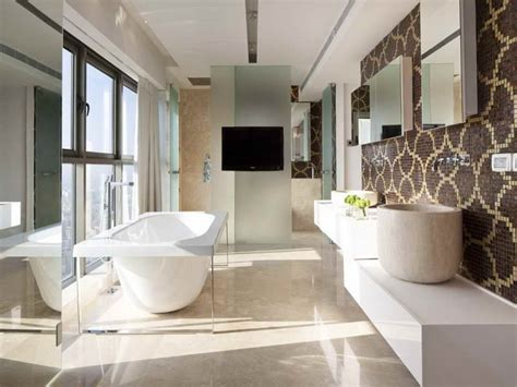 beautiful bathtub bloombety beautiful tile bathroom with deluxe bathtub the best tile ideas for small
