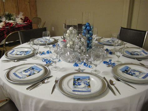 28 best silver and blue christmas table decorations