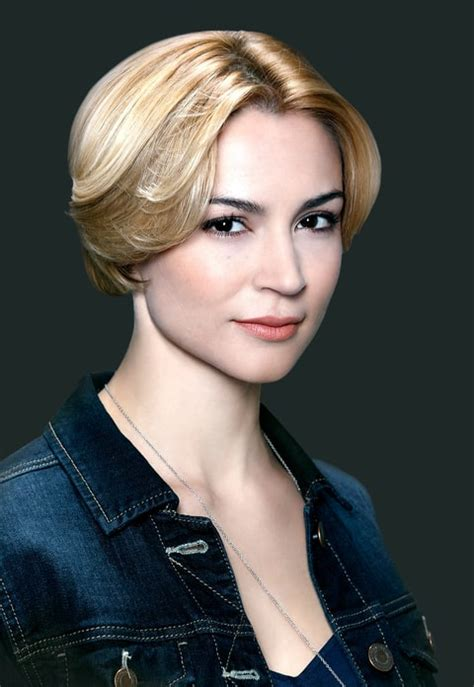 samaire armstrong shows samaire armstrong now the o c cast then and now us