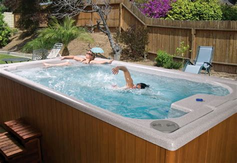 swimming hot tub cool hot tub spa photo gallery poolandspacom