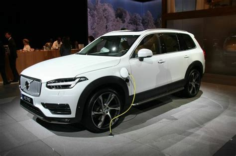 naias volvo xc houston style magazine urban weekly newspaper publication website