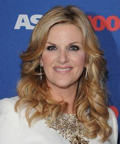 trisha yearwood short shaggy hairstyle valerie bertinelli quot one day at a time quot barbara cooper