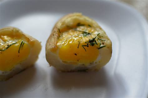Baked Egg Potato idaho baked egg in a baked potato like like