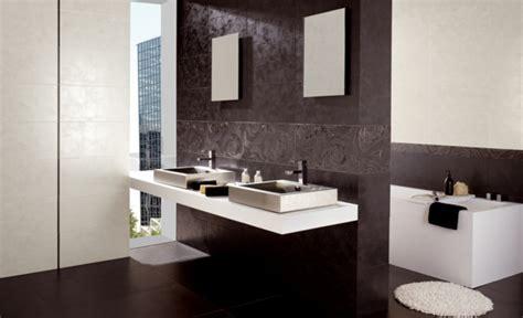 badezimmer keramische fliesen keramische fliesen trends sch 246 n modern und ausgelassen