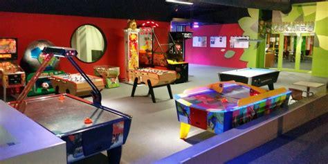 Salle De Jeux Design Maison by Salle De Jeux Pour Adultes Gratuit Design De Maison