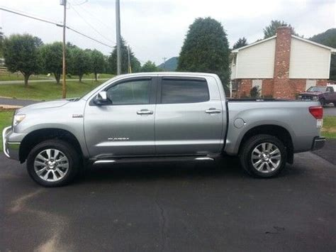 buy used 2012 toyota tundra truck crew max cab 6 speed automatic electronic w overdrive in find used 2012 toyota tundra crewmax platinum 4x4 only 3700 miles warranty silver sky in