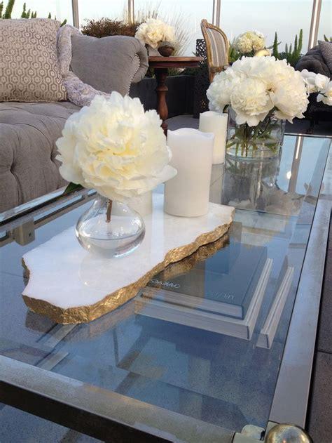 Coffee Table Arrangements 17 Best Ideas About Coffee Table Centerpieces On Coffee Table Arrangements Living