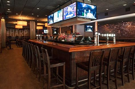 top sports bars in boston big game action where to watch the super bowl in boston