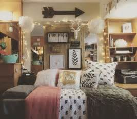 25 best ideas about room themes on dorms decor college dorms and pillows