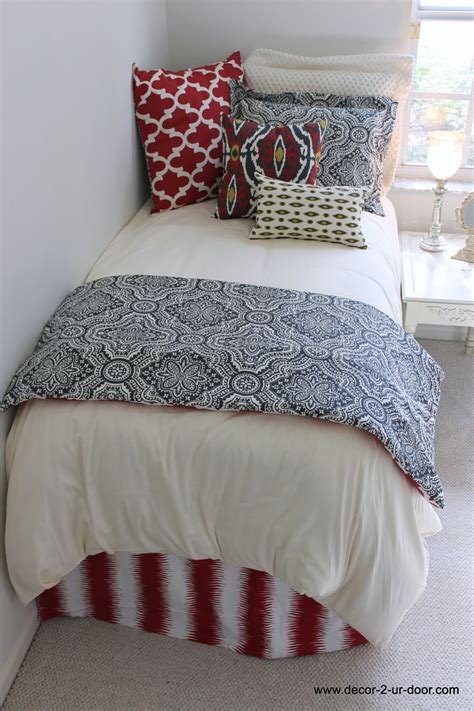 comforters dorm dorm room bedding trendy dorm room bedding ideas college