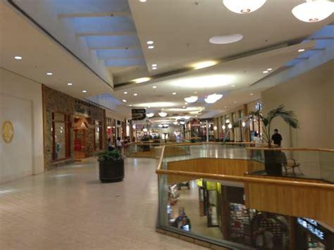 holyoke mall at ingleside shopping centers holyoke ma