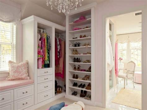 walk in closets for girls small closet organization ideas