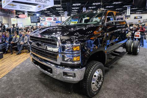 2020 Gmc Medium Duty Trucks by New Silverado 4500hd 5500hd 6500hd Trucks Join Chevy S