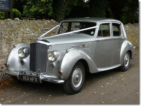 silver bentley 1960 s cervan vw cervan wedding hire in crawley
