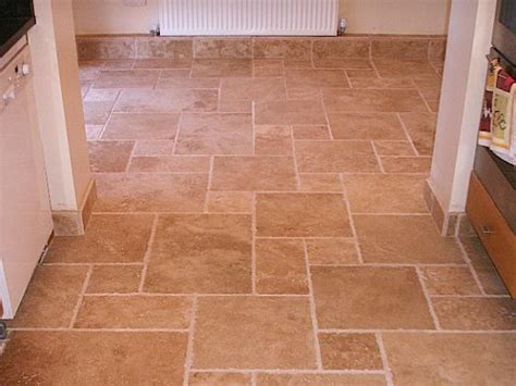 Kitchen Floor Tile Patterns Limestone Floor Kitchen Tiles Do It Yourself Kitchen Design Photos