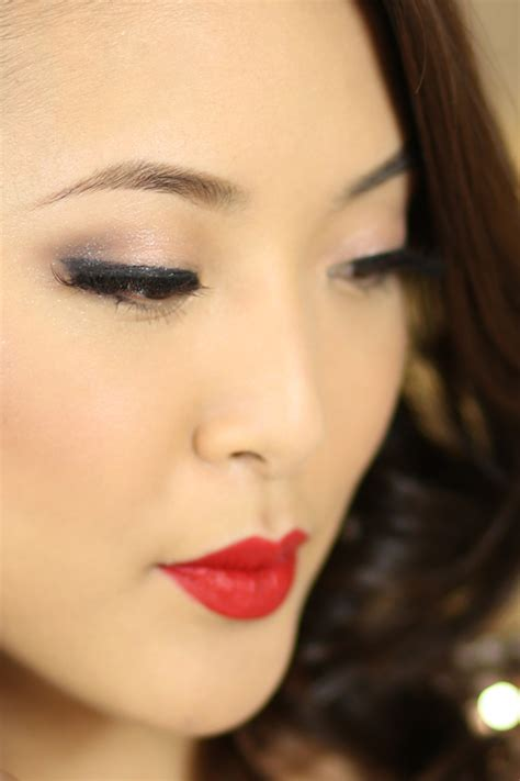kiss forever tutorial tutorial urban decay naked 3 holiday makeup from head