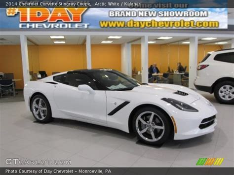 2014 corvette stingray white arctic white 2014 chevrolet corvette stingray coupe