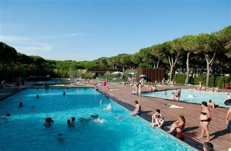 cing met sanitair op plek italie lodgetent kids vakantiegids d 233 garantie voor de beste