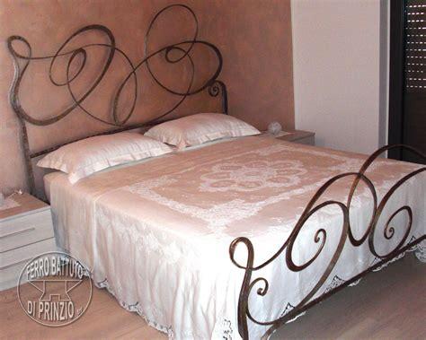 letti di ferro battuto moderni letti in ferro battuto letto matrimoniale in ferro