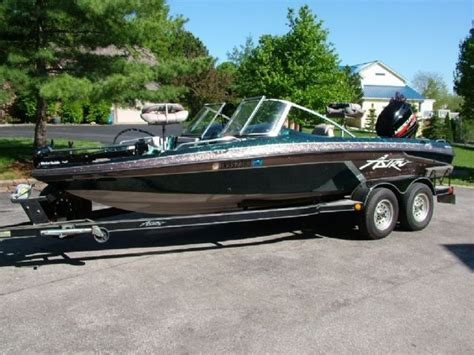 new fish and ski boats for sale 20 feet 1996 astro 20 sfx fish and ski green brown for