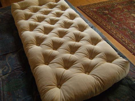futon 120x190 matelas futon 120x190 lit futon 1 place literie