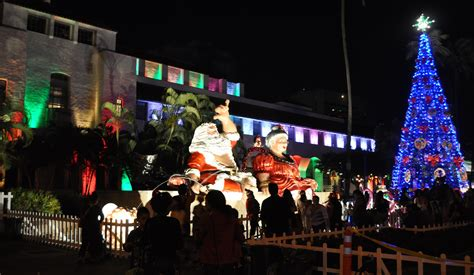 honolulu city lights turn on hawaii aloha travel