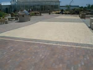 pavestone patio patio design ideas pavers retaining walls