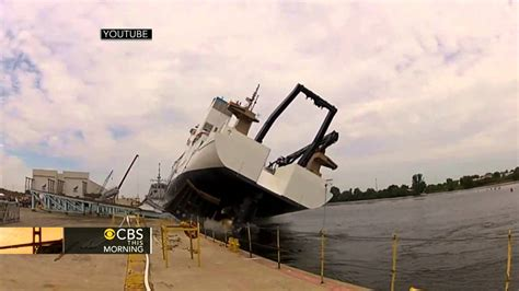 boat r gone wrong ship launch goes horribly wrong video goes viral youtube