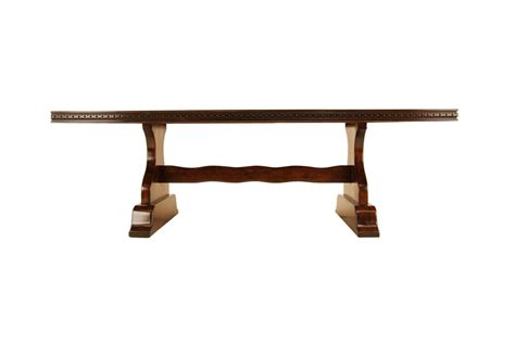 kreiss carlyle dining table