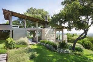 Hillside Home Plans A Hillside Home In Austin Texas Becomes A Coveted