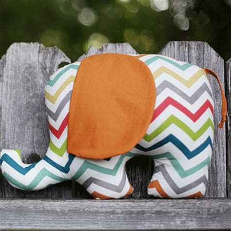 fabric elephant pattern free free pattern tutorial henry helga elephant softies